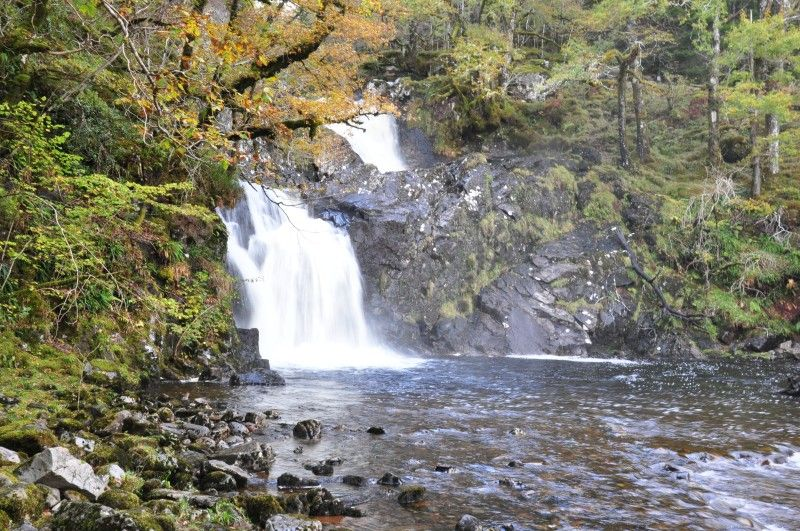 Cia Aig Waterfall (Dark Mile)